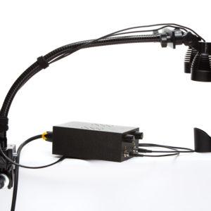 Портативный комплект профессионального освещения высокой точности на гибком штативе для выполнения реставрационных работ